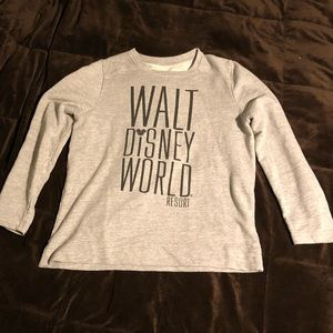 Walt Disney Resort Sweatshirt ~ XL